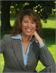 Dr. Susan Bartell